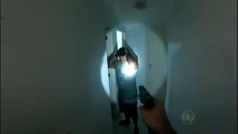 Polícia prende chefe do tráfico da Baixada Santista no litoral de SP ...