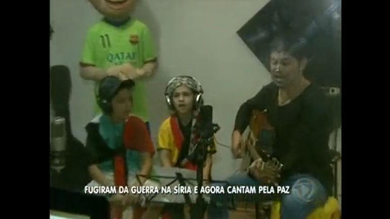 Meninos sírios, que fugiram da guerra, gravarão música - Rede ...
