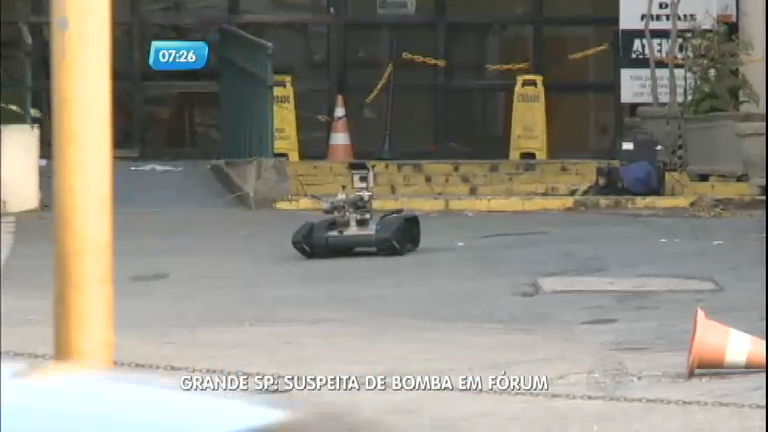 Suspeita de bomba esvazia fórum de Itaquaquecetuba (SP)