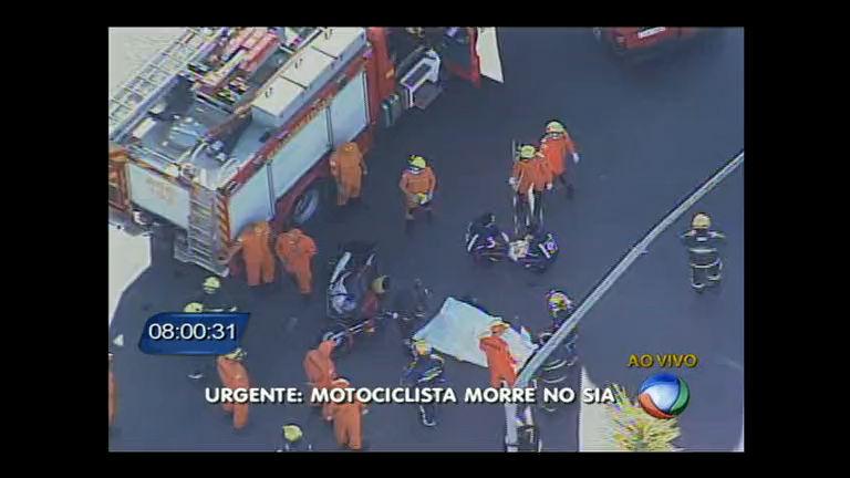 Motociclista morre atropelado por ônibus em cruzamento no SIA