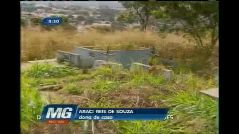 Moradores denunciam descaso com cemitério em Ribeirão das Neves