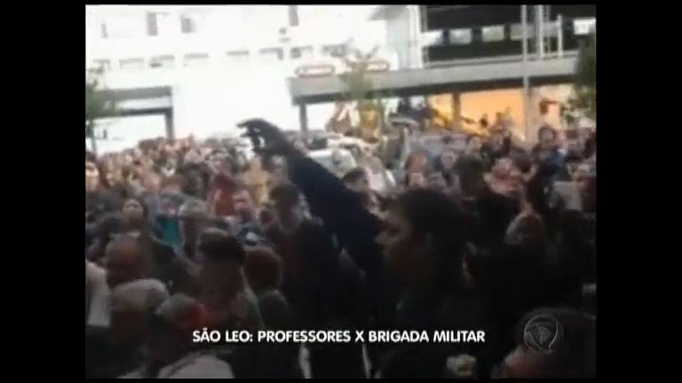 São Leo: Professores x Brigada Militar