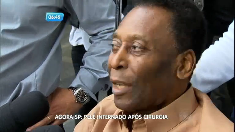 Pelé é internado após cirurgia em São Paulo