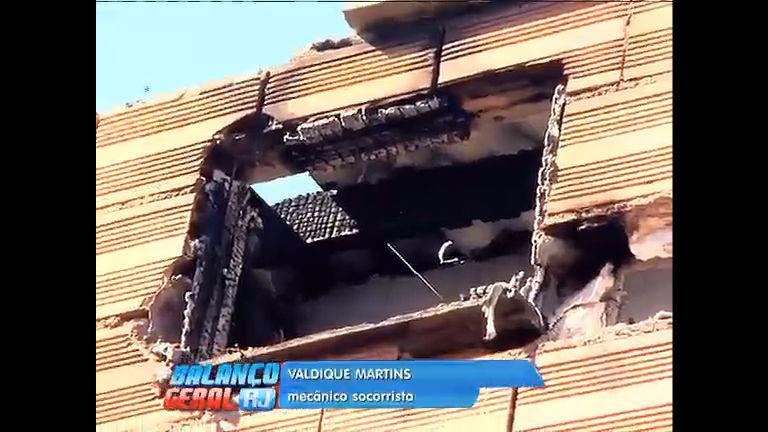 Tio e sobrinho morrem em incêndio na comunidade de Rio das ...