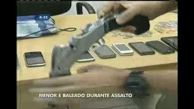 Menor é baleado durante assalto em Governador Valadares (MG)