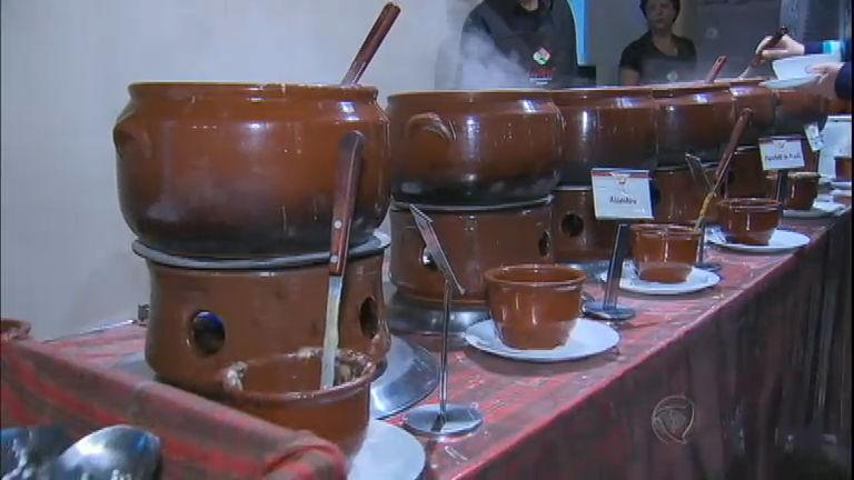 De dar água na boca: festival de sopas atrai grande público ao ...