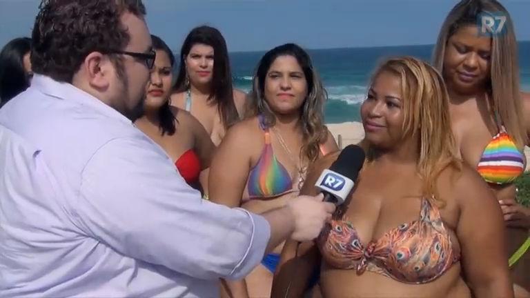 ' Gordinhas Divas' vão à praia de biquíni e esbanjam bom humor ...