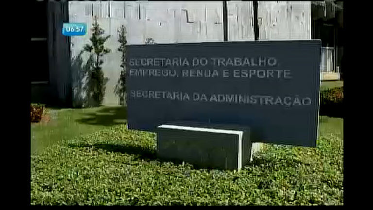 Estado convoca mais de 2 mil funcionários fantasmas - Bahia - R7 ...
