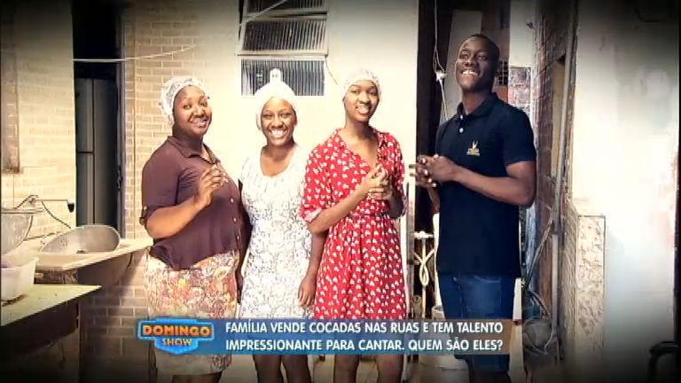 Família vende cocada nas ruas do RJ e impressiona clientes com ...