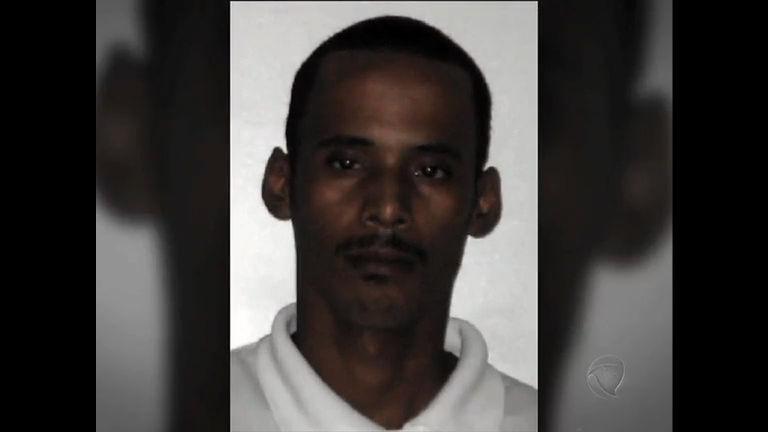 Polícia procura homem acusado matar quatro pessoas em Japeri ...
