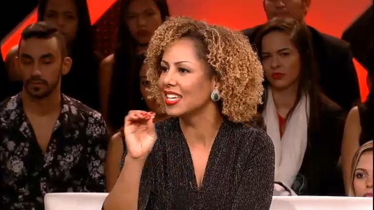 """Valéria Valenssa diz que não recebia críticas por trabalhar nua: """"Me ..."""