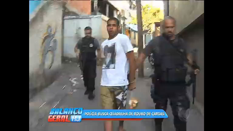 Polícia prende homem suspeito de chefiar quadrilha de roubo de cargas