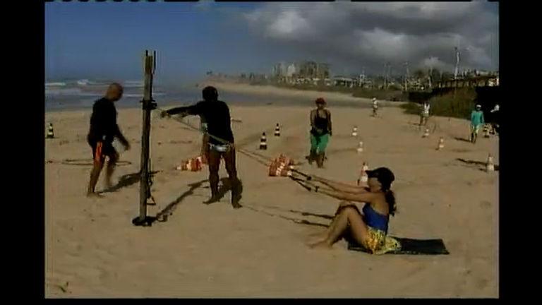 Polêmica: taxa de cobrança para treinar na praia - Bahia - R7 Bahia ...
