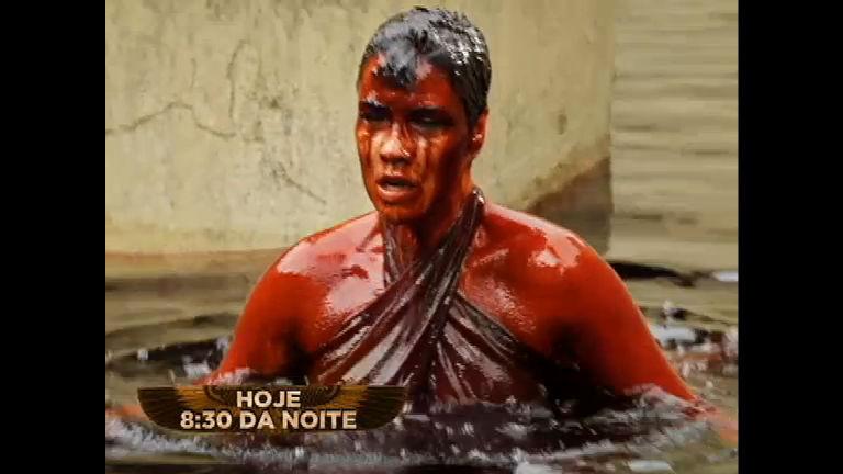 Água do Nilo vira sangue e Egito começa a ser castigado