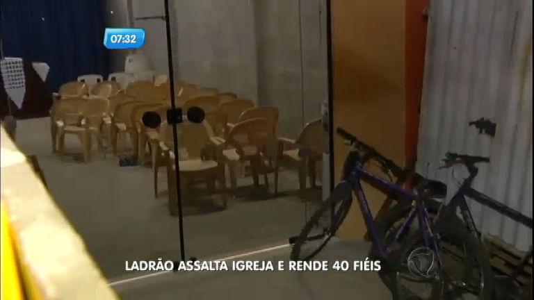 Ladrão faz 40 fiéis reféns em igreja no interior de São Paulo