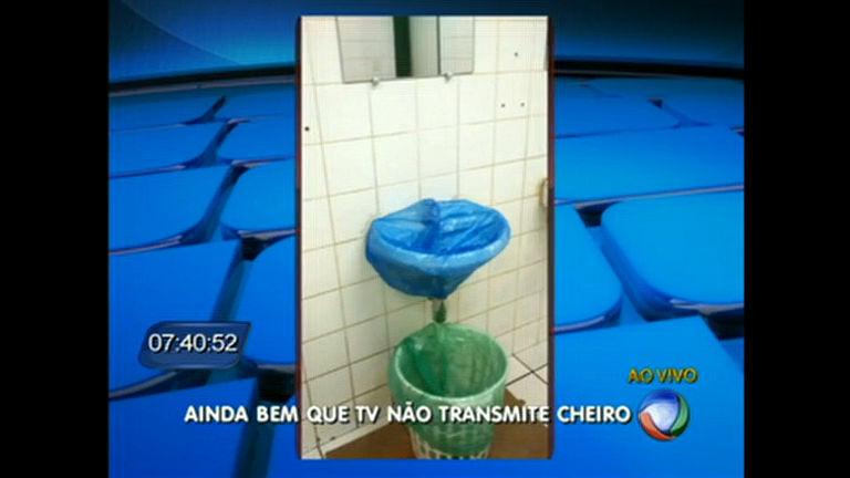 Banheiros do Hospital de Ceilândia estão em condições precárias