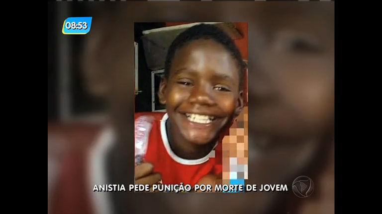 Polícia investiga de onde partiu tiro que matou menino de 13 anos em Manguinhos (RJ)