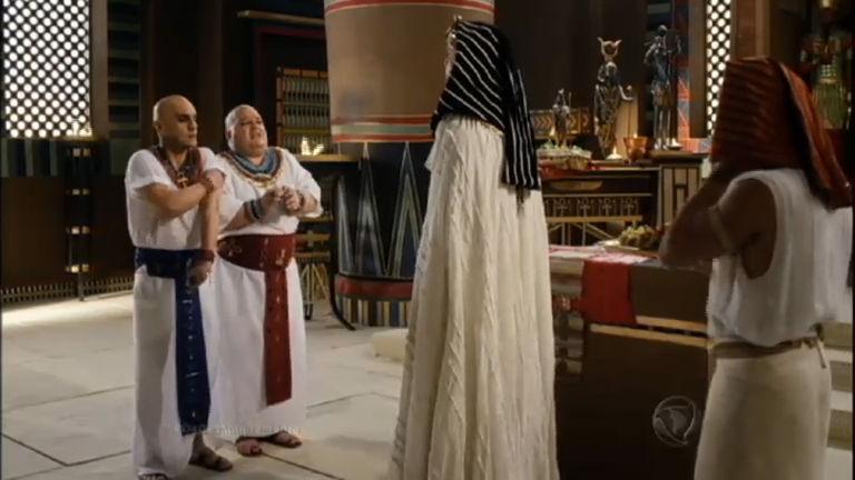 """""""Estamos diante de um duelo entre os deuses do Egito e o Deus ..."""