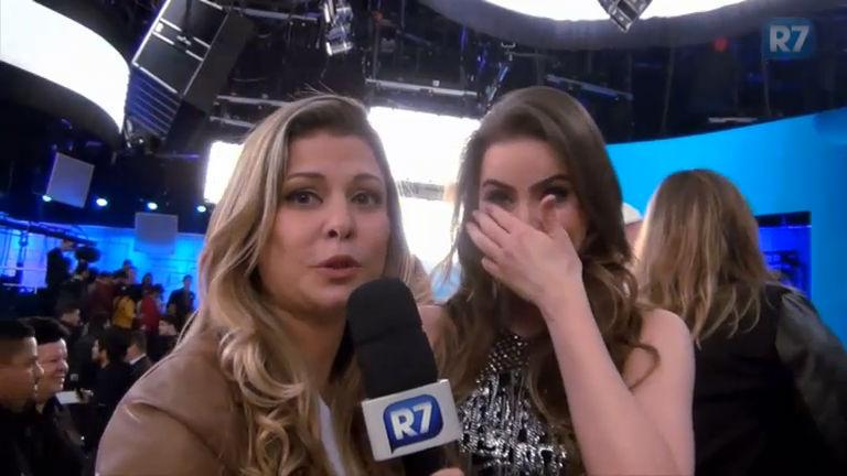"""Rayanne Morais não segura as lágrimas ao conhecer Xuxa: """"Sou fã ..."""