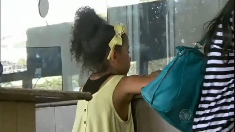 Teste do Coronato: Menina de sete anos viaja sozinha de ônibus ...