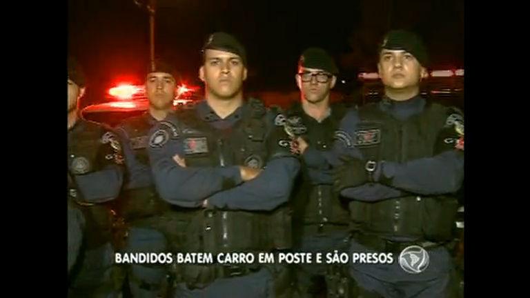 Bandidos batem carro roubado e acabam presos em Águas Lindas ...