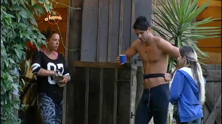 Peões acreditam que um novo casal será formado - A Fazenda - R7 ...