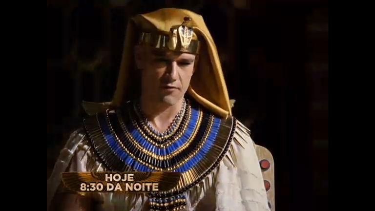 Ramsés faz acordo com Moisés após chuva de pedra ...