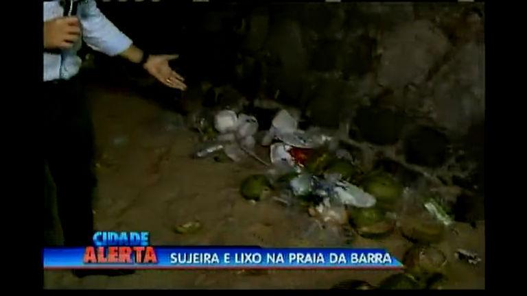 Sujeira e lixo na praia da Barra - Bahia - R7 Cidade Alerta BA