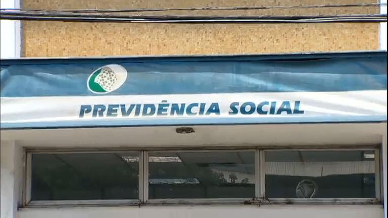 Greve de peritos do INSS deixa mais 500 mil pessoas sem benefício ...