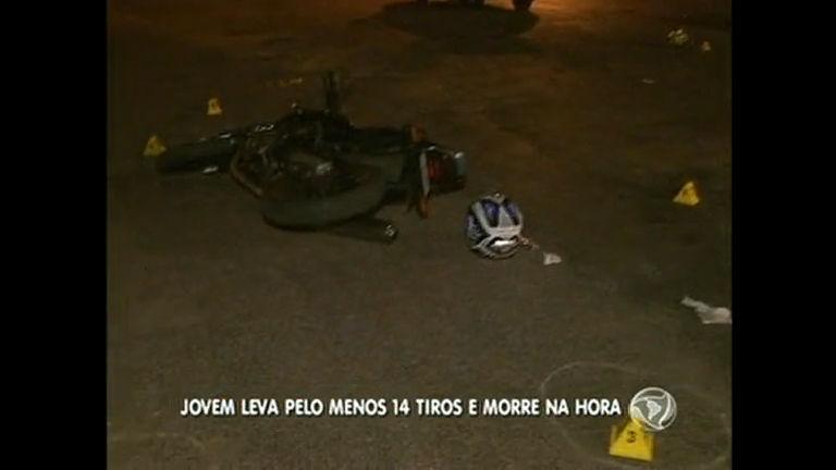 Traficante é morto com 14 tiros em ponto de drogas na Ceilândia ...