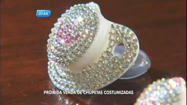 Inmetro proíbe venda de chupetas customizadas no Brasil - Notícias ...