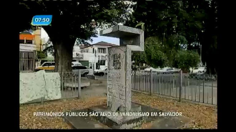 Patrimônios públicos são alvo de vandalismo