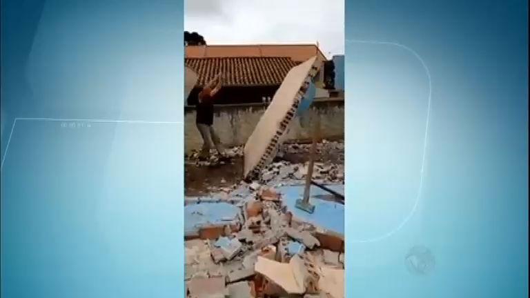 Pedreiro sobrevive após ser esmagado por muro em obra - Notícias ...