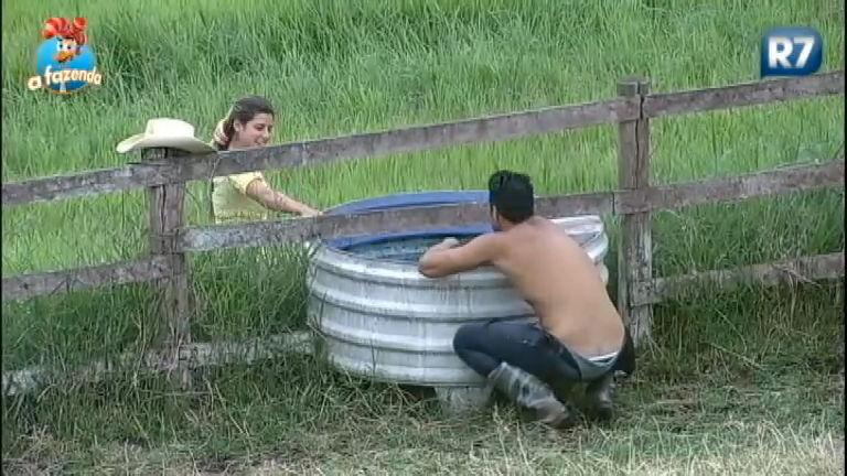 Que Saudade: Ana faz tarefa e lembra de Thiago - A Fazenda - R7 ...