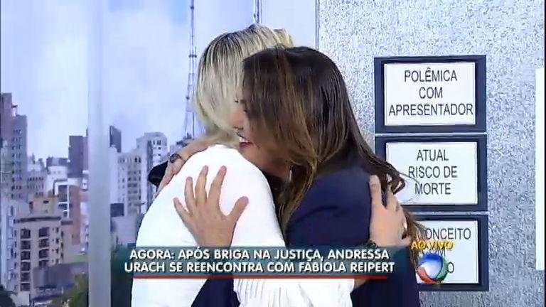 Após briga na justiça, Andressa Urach se desculpa com Fabíola ...