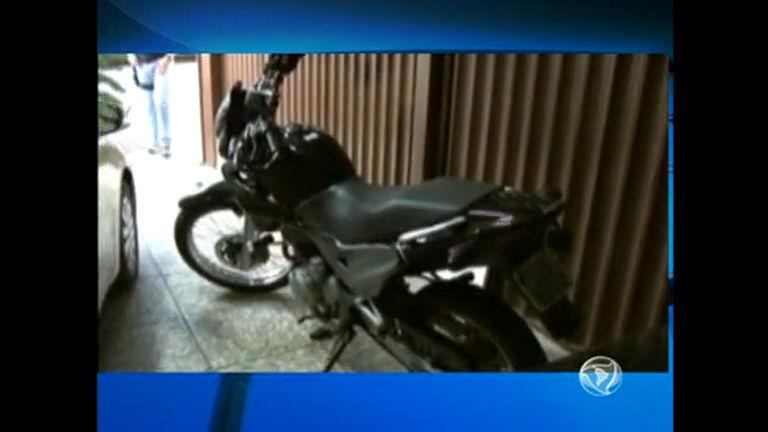 Polícia pode usar três carros de luxo e motos apreendidos