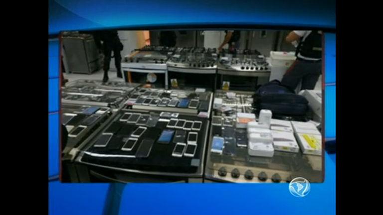 Polícia apreende adolescente suspeito de tentar furtar 66 celulares