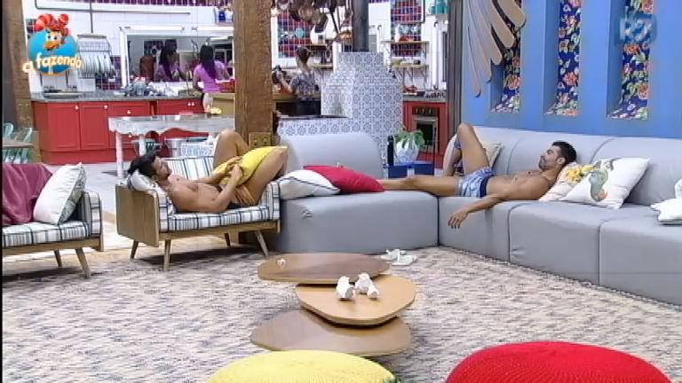 Está fazendo falta: JP e Marcelo relembram de Rebeca Gusmão