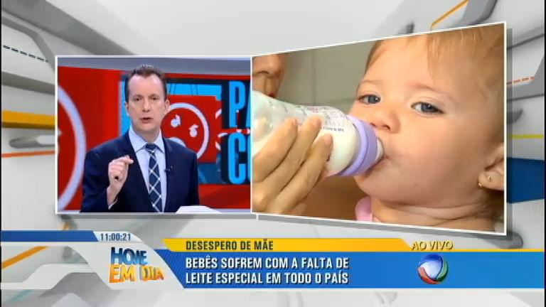 Bebês de todo o Brasil sofrem com a falta de leite especial e mães fazem apelo