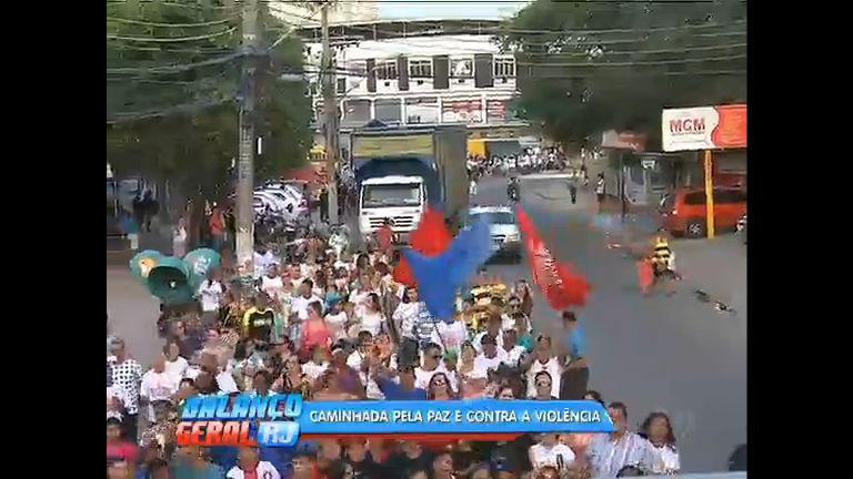 Moradores fazem caminhada pela paz em São João de Meriti - Rio ...