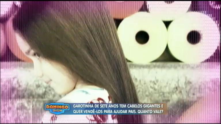 Garota com maior cabelo do Brasil tenta vendê-lo para ajudar pais a ...