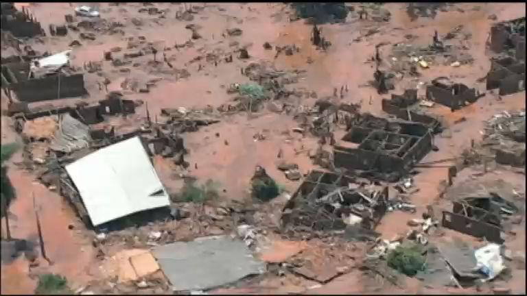 Domingo Espetacular mostra em detalhes a tragédia em Mariana ...