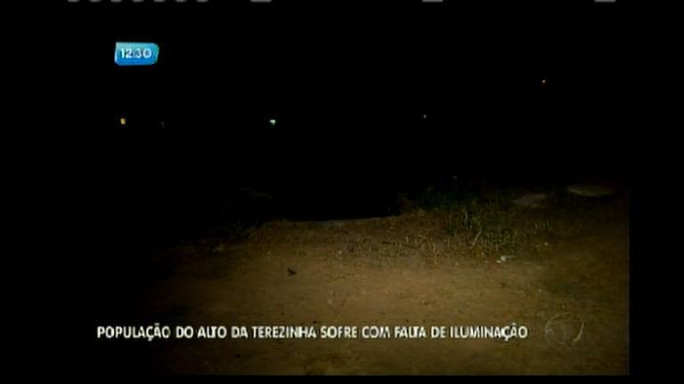 População do Alto da Terezinha sofre com falta de iluminação ...