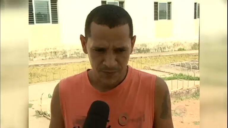Homem é solto depois de ficar preso por engano durante 12 anos ...