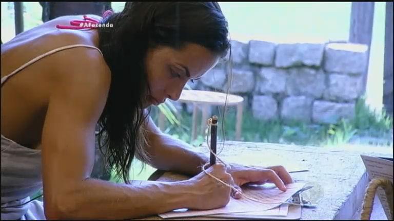 Carla Prata deixa carta emocionante para os peões
