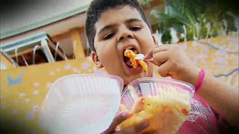 Repórter Record Investigação mostra os perigos da obesidade infantil