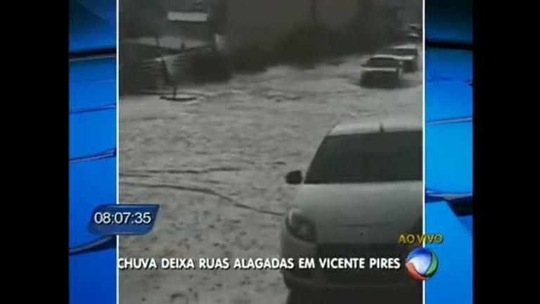 Chuva alaga ruas em Vicente Pires - Distrito Federal - R7 DF no Ar