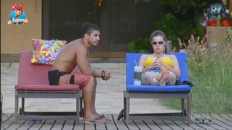 """Douglas se coloca no lugar de Marcelo:"""" Achei uma falta de educação"""""""