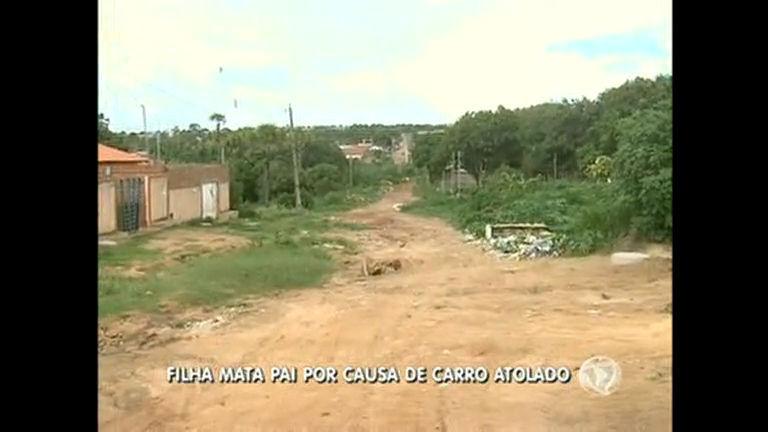 Filha mata pai por causa de carro atolado em Águas Lindas de Goiás