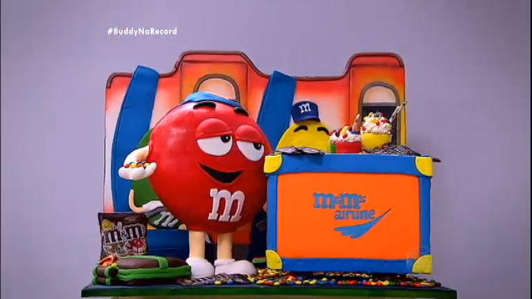 Desafio de Eliminação: duplas montam bolos inspirados em M&M's ...